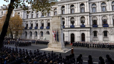 Frank-Walter Steinmeier legt zum Weltkriegs-Gedenken in London Kranz nieder