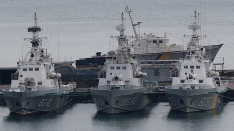 Ukrainische Grenzschutzboote liegen im Schwarzmeerhafen Odessa, Ukraine, 26. November 2018.