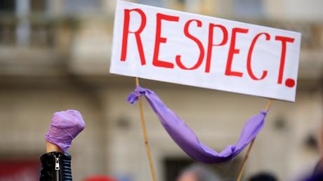 Am 24. November fand im französischen Marseille eine Kundgebung gegen die sexuelle Gewalt gegen Frauen statt.