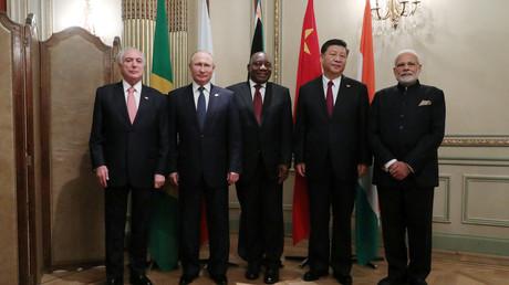 Der brasilianische Präsident Michel Temer, der russische Präsident Wladimir Putin, der südafrikanische Präsident Cyril Ramaphosa, der chinesische Präsident Xi Jinping und der indische Premierminister Narendra Modi in Buenos Aires.