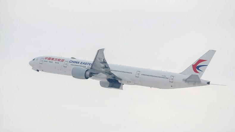 China-Eastern-Maschine muss zwischenlanden – Sauerstoffmasken ohne Druckabfall aktiviert