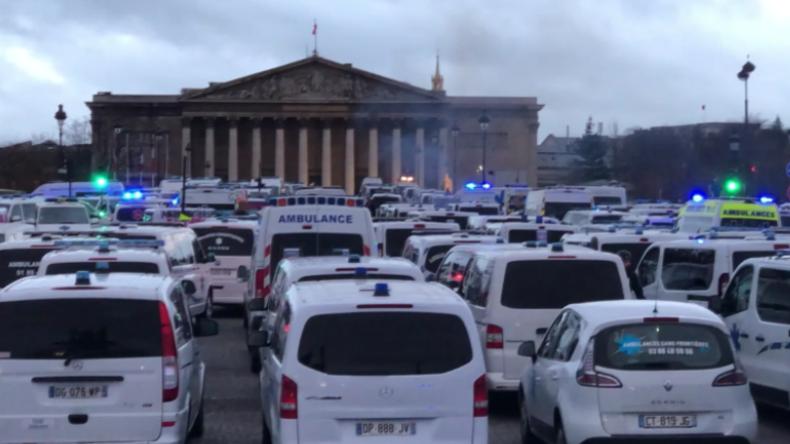Frankreich: Auch Sanitäter ziehen auf die Barrikaden gegen Macrons Reformpolitik