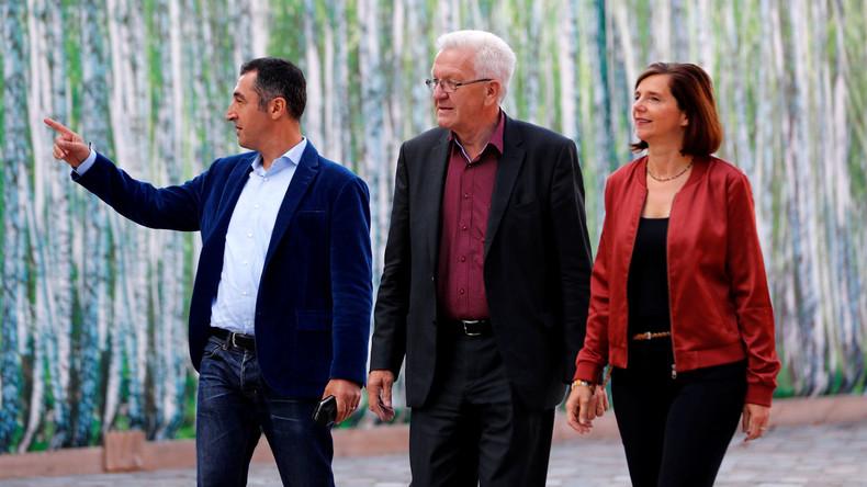 Mit Heli ins Naturschutzgebiet: Grünen-Ministerpräsident Kretschmann in der Kritik