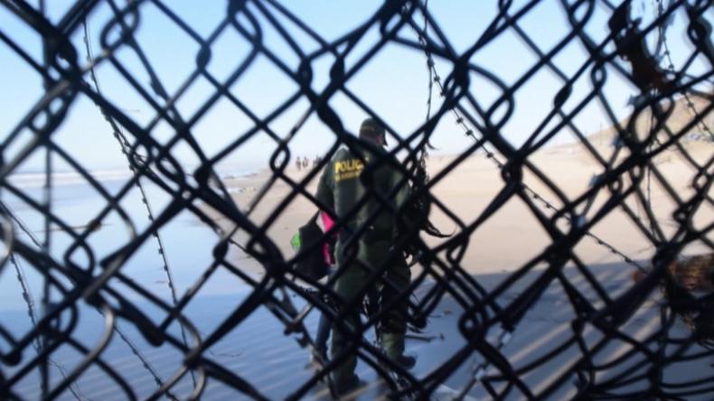 Flüchtlingskarawane: Migranten nach Grenzübertritt in die USA festgenommen