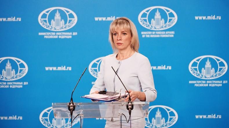 """Russisches Außenministerium: Kriegsrecht in der Ukraine ist """"Kulisse"""" für Provokationen im Donbass"""