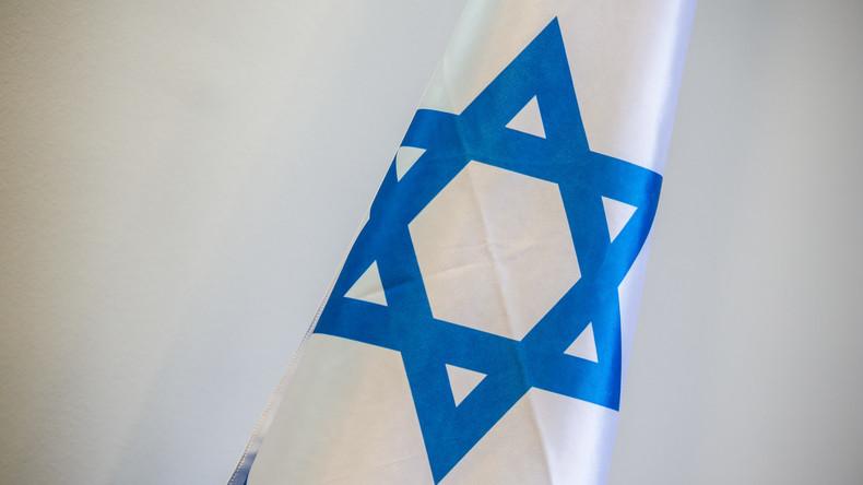 Hakenkreuz auf Israel-Flagge - Australischer Dozent suspendiert