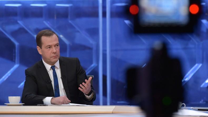 """LIVE: """"Gespräch mit Dmitri Medwedew"""" – Russlands Ministerpräsident zieht Jahresbilanz"""