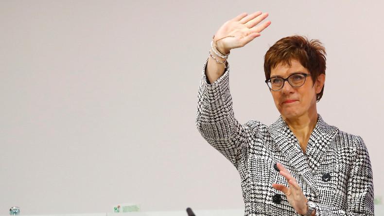 Live-Ticker zum CDU-Bundesparteitag: Kramp-Karrenbauer löst Merkel als Parteivorsitzende ab