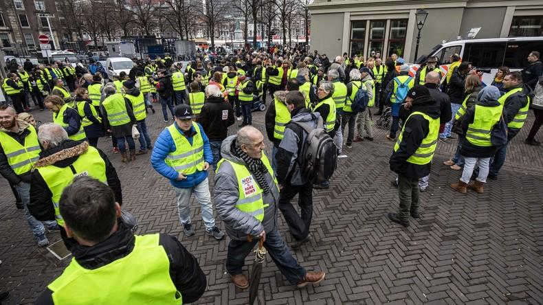 """Hunderte bei """"Gelbwesten""""-Demonstrationen in Niederlanden"""