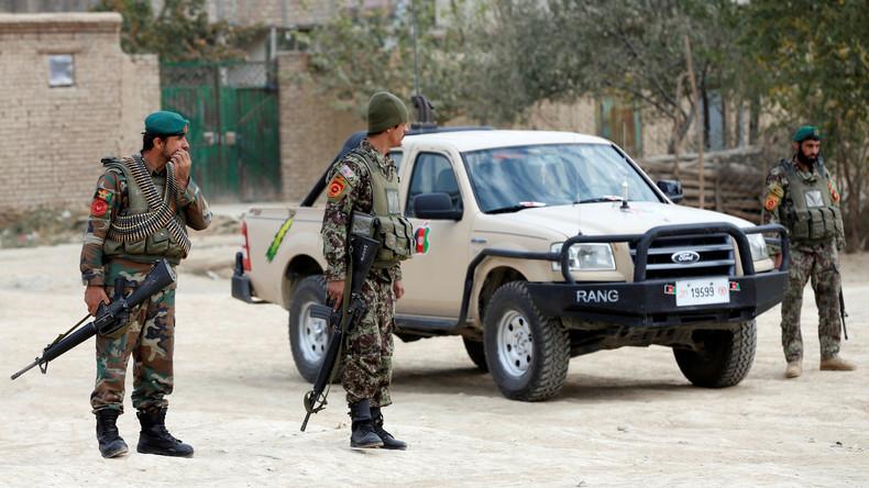 Taliban stürmen Armeeposten und nehmen neun Soldaten als Geiseln