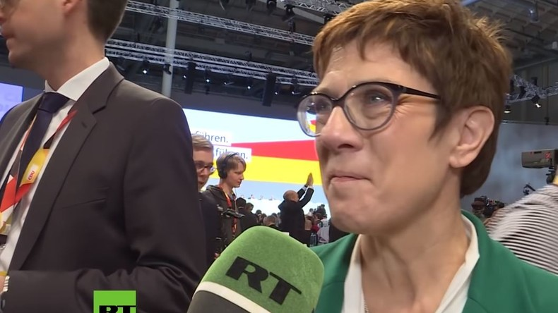CDU-Vorsitzende Annegret Kramp-Karrenbauer zu RT: Freue mich, dass Paul Ziemiak an meiner Seite ist