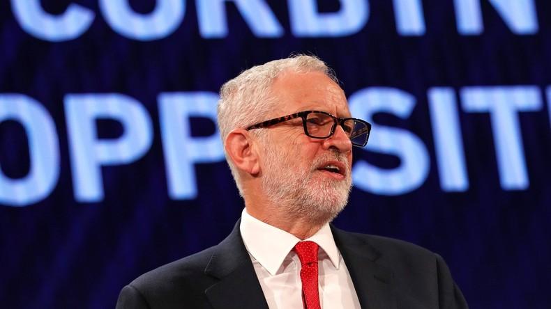 Bericht: Regierungsfinanzierte anti-russische Wohltätigkeitsorganisation greift Corbyn an