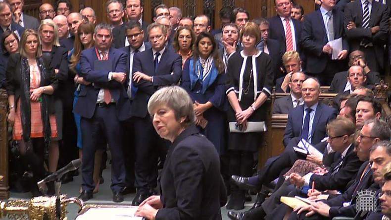 Wegen drohender Niederlage: Theresa May setzt Brexit-Abstimmung aus