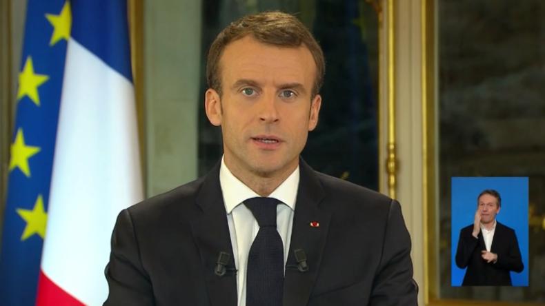 Macron hält TV-Ansprache nach Protesten der Gelbwesten und bringt Steuergeschenke mit