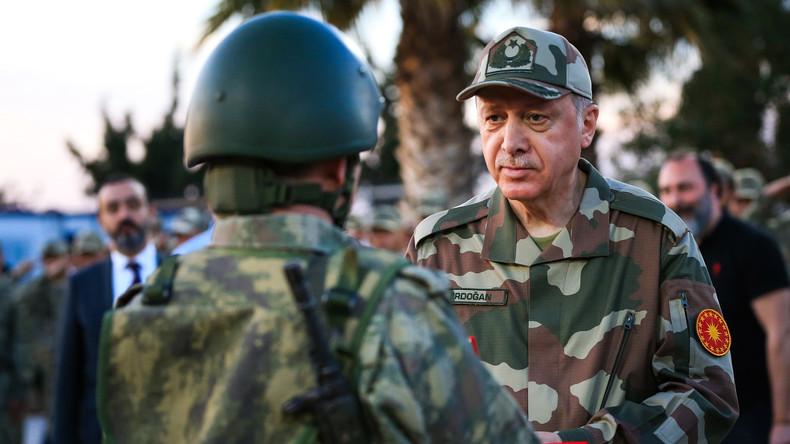 Erdoğan: Türkei wird in wenigen Tagen eine neue Offensive im US-kontrollierten Ostsyrien starten