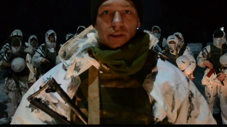 """Ausrede des ukrainischen Fallschirmjägers für SS-Patch: """"Hab's für eine Art Piratenflagge gehalten"""""""