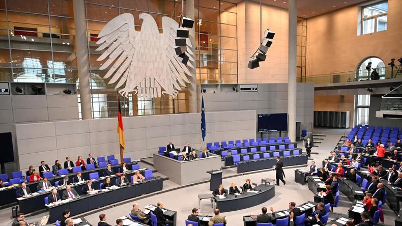 Umfrage: Union legt in Wählergunst zu - Viele sehen CDU als zerstritten an