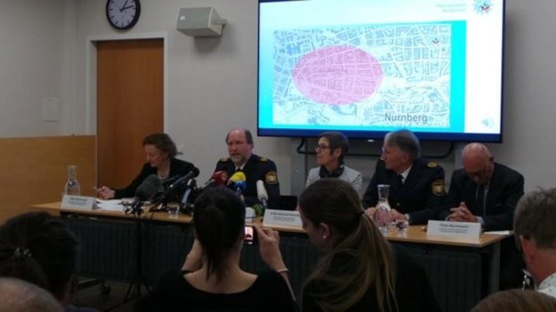 Nach Angriffen von Nürnberg: Täter auf der Flucht, Polizei bildet Soko