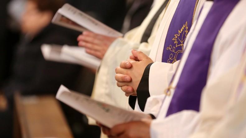 Missbrauchsverdacht: Bistum Erfurt zeigt katholischen Priester an