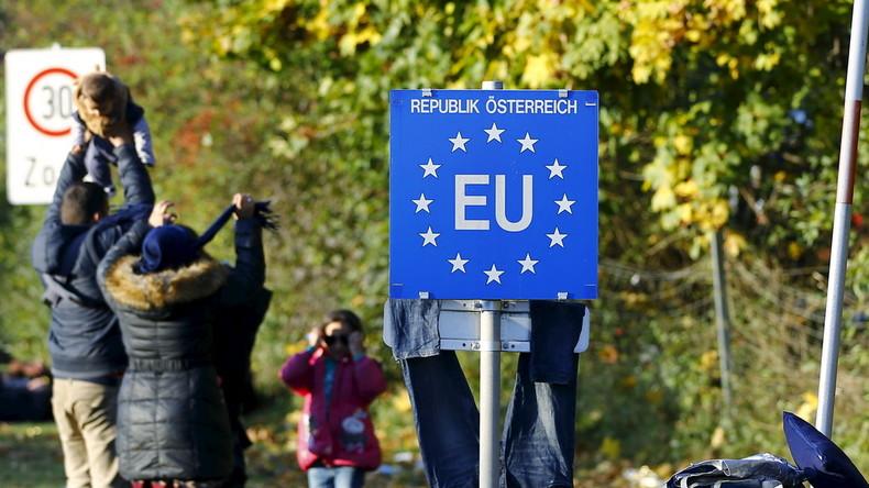Österreich erwägt Gesetzesänderung: Kein Asyl für Flüchtlinge, die mit Schleppern kommen