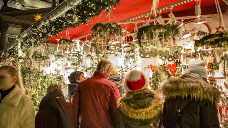 Bombendrohung: Einkaufszentrum und Weihnachtsmarkt in Schleswig-Holstein geräumt