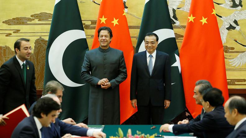 """NYT: China und Pakistan arbeiten am """"geheimen Plan"""" zur Entwicklung neuer Kampfflugzeuge"""