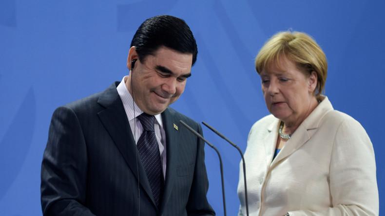 """""""Wie die Sonne und der Mond"""": Turkmenistans Präsident bietet eigenes Lied auf Deutsch dar"""