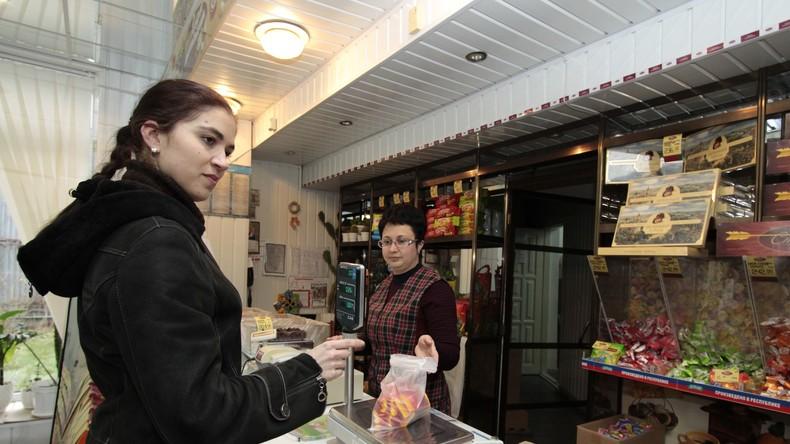 Studie: Ukrainer geben Hälfte ihres Einkommens für Lebensmittel aus – führend in Europa