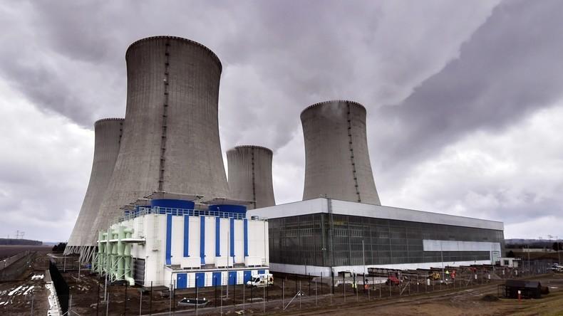Deutschland exportiert weniger Strom: Überschuss aber weiter hoch