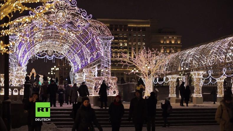 Festlicher Schmuck: Moskau ist bereit für die Neujahrsfeierlichkeiten