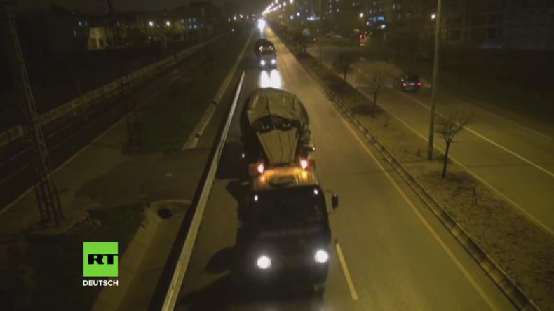 Türkei: Entsendung von militärischem Nachschub an die syrische Grenze geht weiter