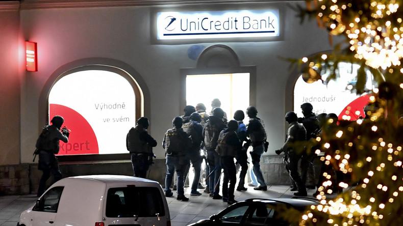 Tschechische Polizei befreit Geiseln aus Bankfiliale
