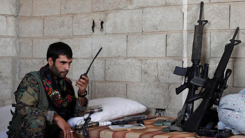 Bericht: Pentagon erwägt, kurdischen Milizen nach Rückzug der USA Waffen zu hinterlassen