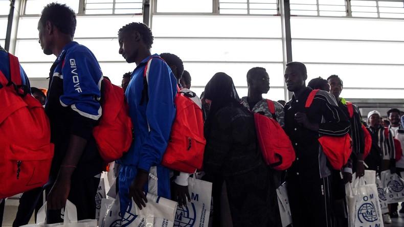Weiteres deutsches Schiff rettet Migranten im Mittelmeer