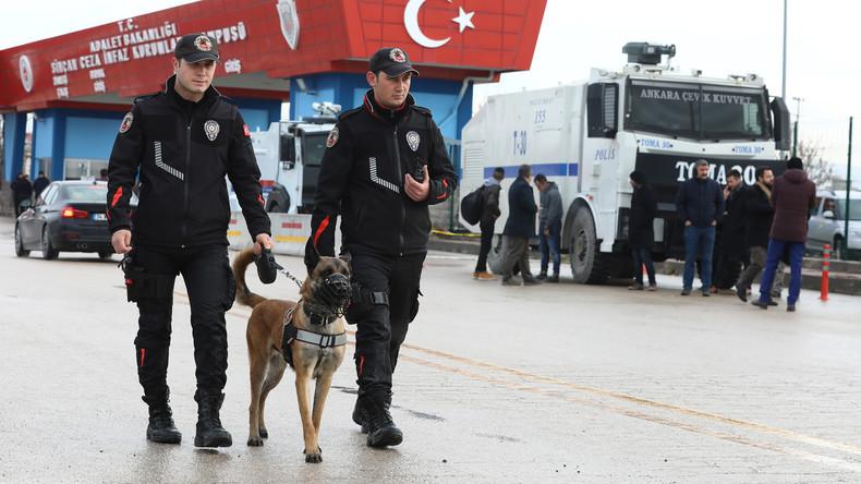 Erneut viele Festnahmen angeblicher Terrorverdächtiger in der Türkei