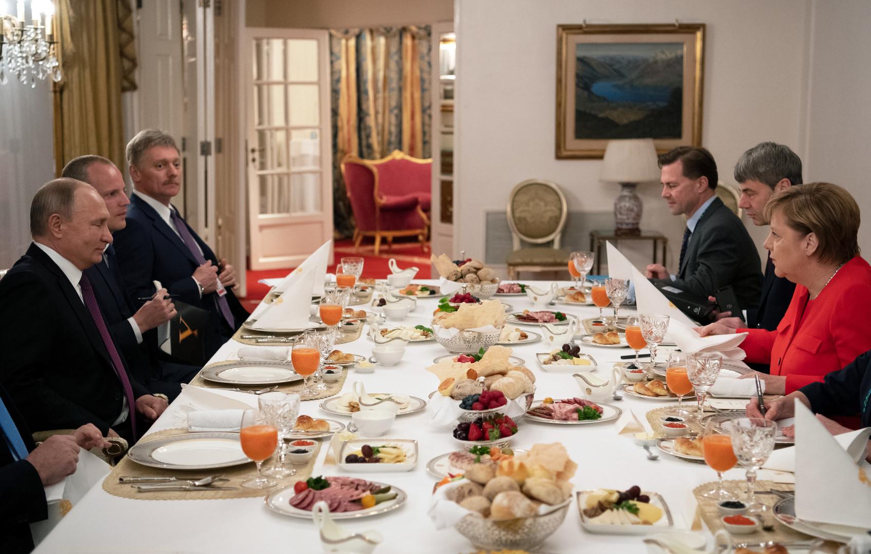 G20-Gipfel in Buenos Aires: Treffen zwischen Kanzlerin Merkel und Russlands Präsident Putin