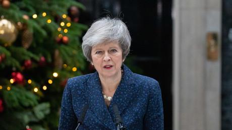 """May will weder zurücktreten noch Neuwahlen: """"Zu diesem Zeitpunkt"""" nicht im nationalen Interesse"""