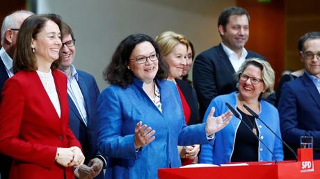Gute Laune, schlechte Zahlen: Die Parteispitze der SPD im November 2018