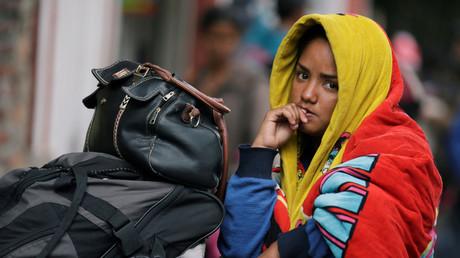 Symbolbild: Venezolanischer Flüchtling wartet außerhalb eines Flüchtlingscamps in Bogotá, Kolumbien, 19. November 2018.