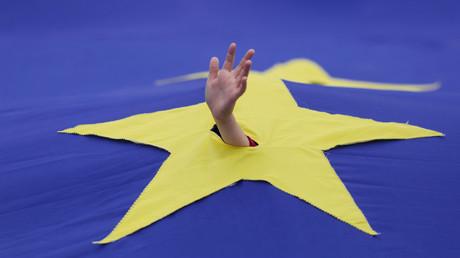 Die EU versinkt immer mehr in ihren Problemen. Ein Ausweg ist nicht in Sicht.