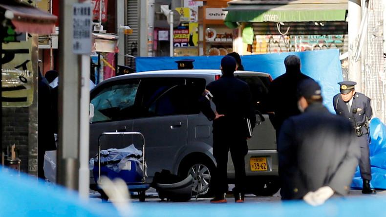 Auto fährt Fußgänger in Tokio um – Fahrer spricht von Terror