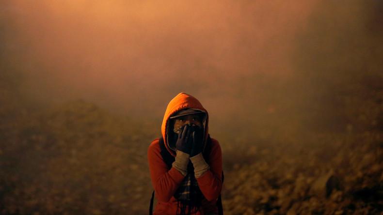 Zwischenfall an Grenze zu Mexiko: US-Beamte setzen Tränengas gegen Migranten ein