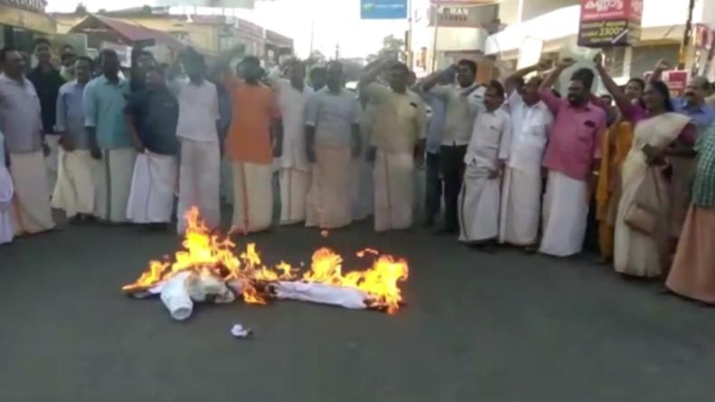 Indien: Gewalttätige Proteste in Kerala, nachdem zwei Frauen Tempel betreten hatten