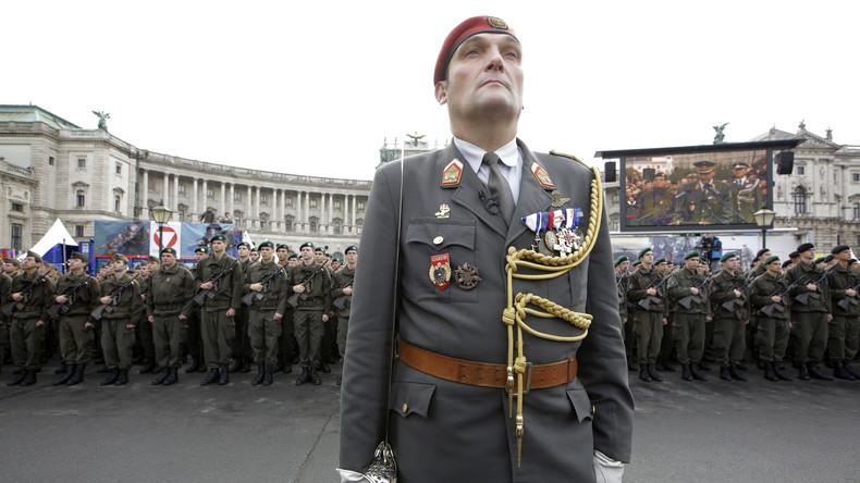 Österreich: Verteidigungsminister spricht sich gegen EU-Armee aus