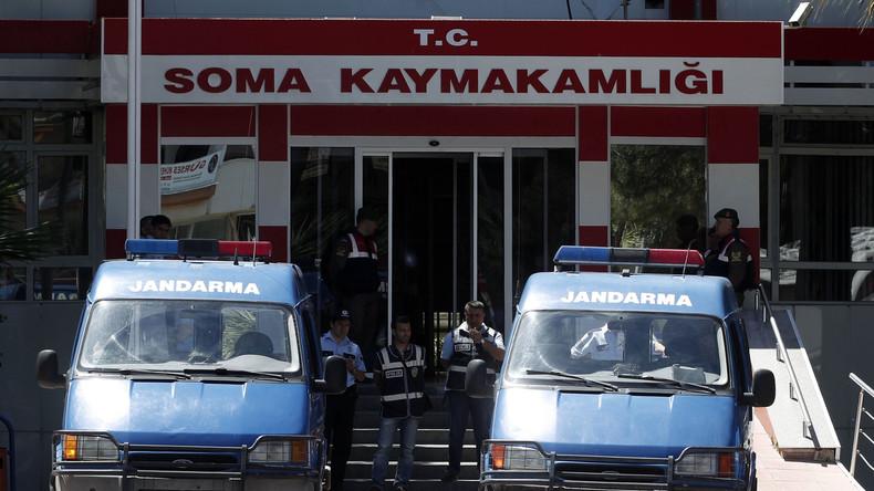 Türkei: Neue Fahndungsbefehle gegen angebliche Staatsfeinde