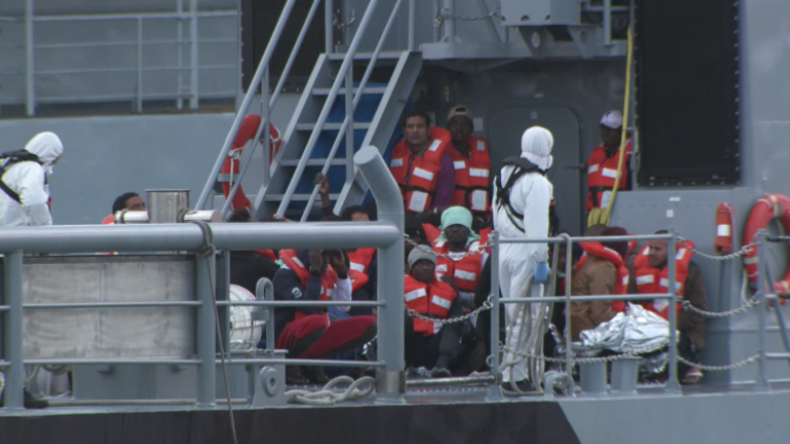 Malta: Schiff mit Migranten legt an – Diese werden dann auf EU-Länder verteilt