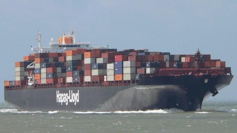 Brand auf deutschem Containerschiff auf hoher See - Lage unter Kontrolle