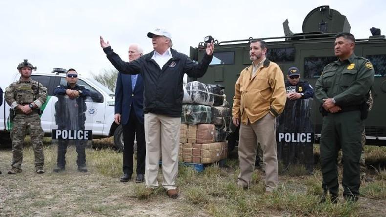 """""""Auf die eine oder andere Weise"""": Trump könnte Mexiko-Mauer über Notfallgesetz mit US-Armee bauen"""