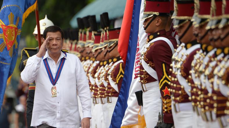 """""""Die meisten von ihnen sind schwul"""": Duterte fordert Liebhaber für """"nutzlose"""" katholische Priester"""