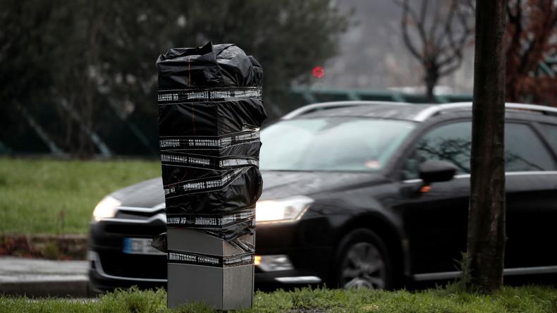 Gelbwesten-Protestler zerstören 60 Prozent der Blitzer in ganz Frankreich